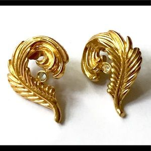 Avon Feather Earrings Gold Vintage